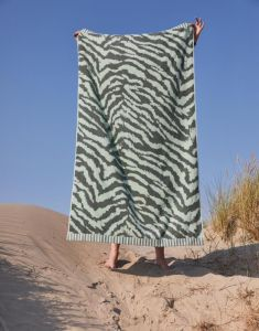 Essenza Belen Laurel Green Beach towel 100 x 180