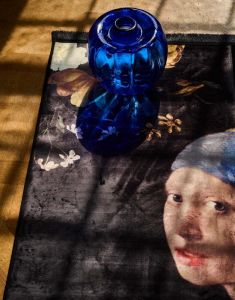 ESSENZA Floral Girl Black Carpet 120 x 180