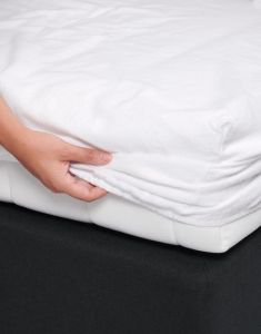 Essenza Molton White Fitted sheet 140 x 220