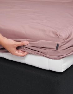 Essenza Premium Percale Woodrose Fitted sheet 140 x 200