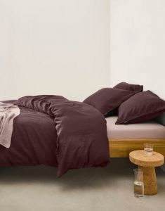 Marc O'Polo Valka Aubergine Pillowcase 80 x 80