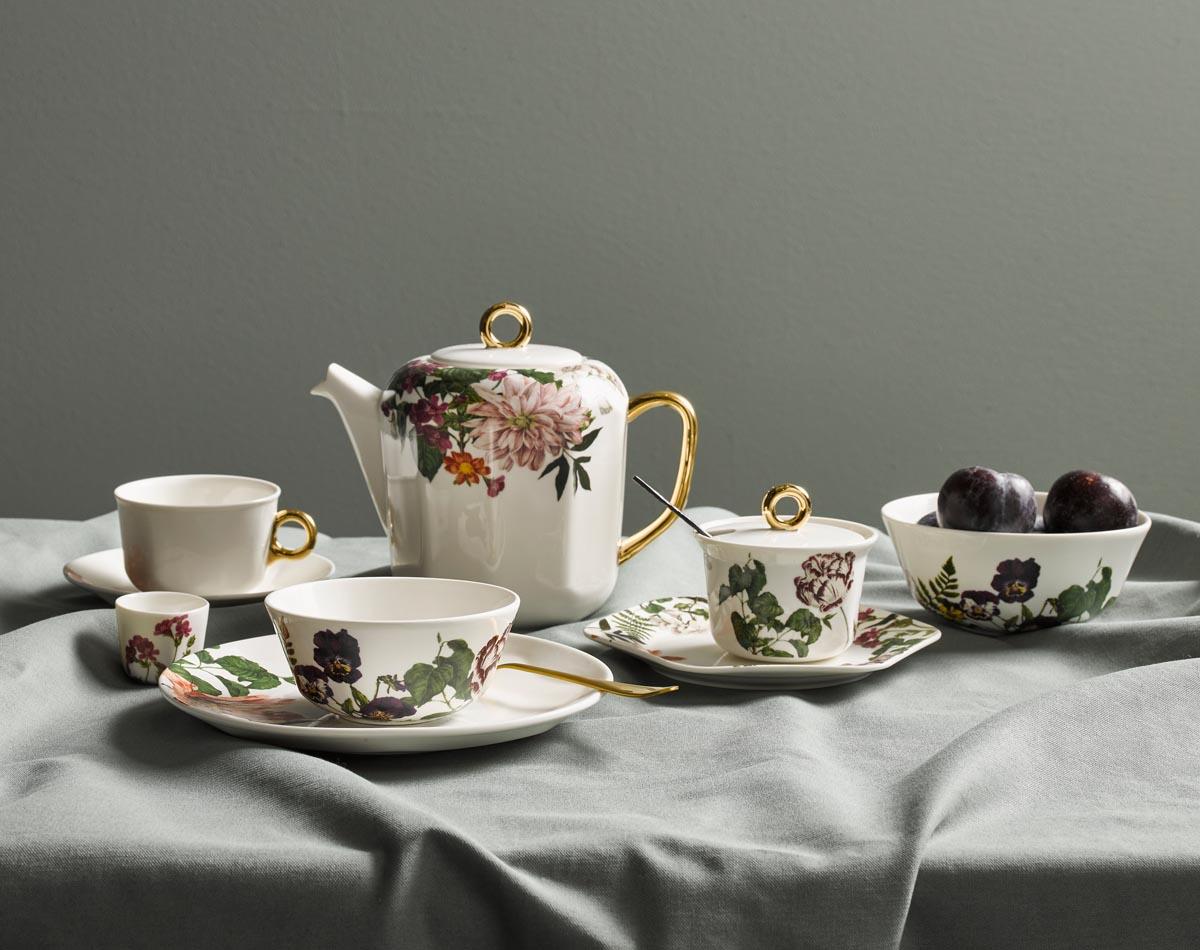 Discover the ESSENZA Porcelain!