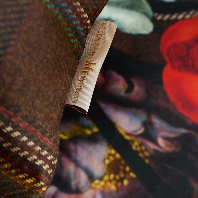 Premium labels ESSENZA for Mauritshuis collection