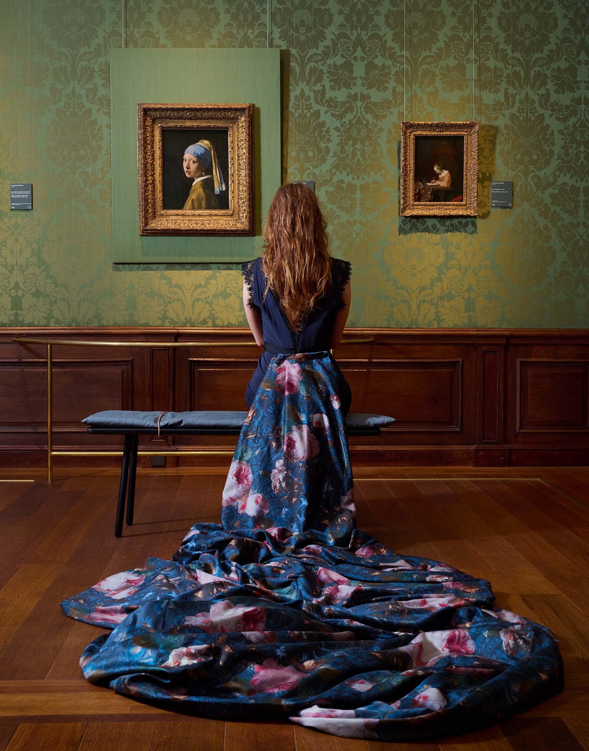 Essenza Gallery of Roses Nightblue Duvet cover 200 x 200